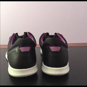 Ecco sense toggle sneakers